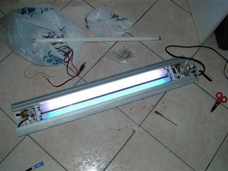 Plafoniera Neon Fai Da Te : Modifica plafoniera t w